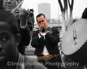 photography / black and white photo / selective color / musician / trumpet