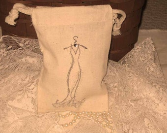 Muslin Pouch Party Favor Elegant Dress Adorned with Glass Crystal Gift Pouches Tuxedo Collection ECS