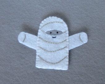 Mummy Finger Puppet - Halloween Puppet - Felt Mummy - Mummy Puppet - Halloween Finger Puppet - Felt Mummy Puppet