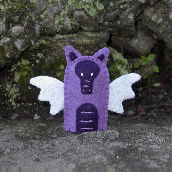 Purple Dragon Finger Puppet - Felt Dragon Puppet - Felt Finger Puppet - Animal Puppet - Fantasy Dragon Finger Puppet - Felt Dragon Toy