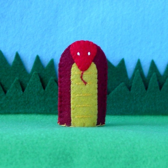 Red Snake Finger Puppet - Reptile Puppet - Felt Reptile Finger Puppet - Felt Animal Puppet Snake - Toy Snake Puppet