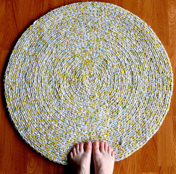 Ecofriendly Rag Rug - Yellow and Dots