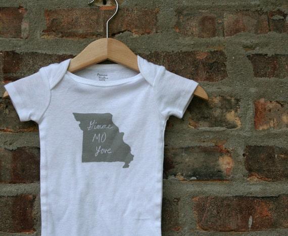 Missouri baby bodysuit Gimme MO love - FREE SHIPPING