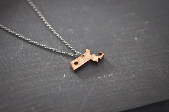 Massachusetts State Necklace - Bamboo Wood - Massachusetts Necklace State Love With Heart Silver