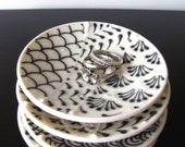 Petite Black and White Dish
