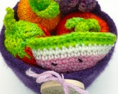 Felted bowl with wool fruit