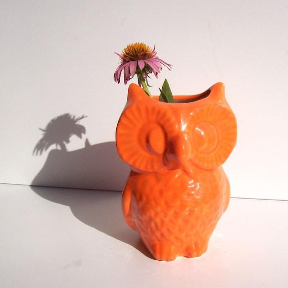 Ceramic Owl Vase, Vintage Design, Orange Office Gift, Owl Pencil Holder, Pottery Owl Vase, Orange Owl Decor, Owl Vessel, Orange Office Gift,