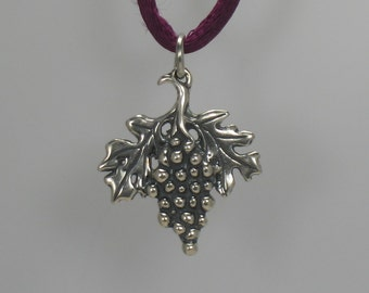 Grapes pendant, Sterling silver