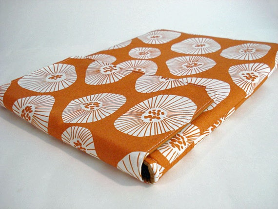 """Laptop case,  MacBook 13"""" sleeve / cover --- Blooms on apricot"""
