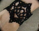 Tatted Lace Key Hole Bracelet - Escutcheon