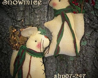 PDF  E Pattern INSTANT DOWNLOAD Primitive Snowman Mouse Hanger