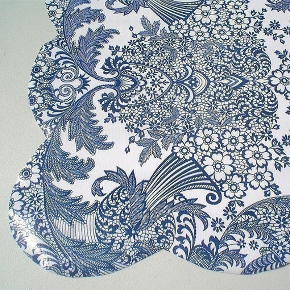 Lace Oilcloth Splat Mat with Scalloped Edge