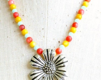 Maui - shell beaded necklace