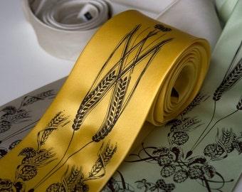Hops & Wheat print necktie. Beer necktie. Craft beer lover gift, beer brewing gift. Botanical print. Silkscreened men's silk tie.