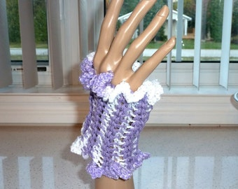 Fingerless Glovelets Crocheted Lavender and Lacy