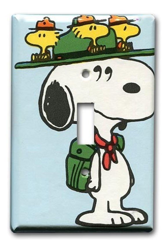 Snoopy the Scout Peanuts 1970's Vintage Wallpaper Switch Plate