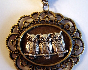 Beautiful Victorian The Owls Have It Owl Necklace Pendant NEW