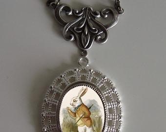 Beautiful ALICE IN WONDERLAND White Rabbit Victorian Silver-Tone Filigree Necklace Pendant