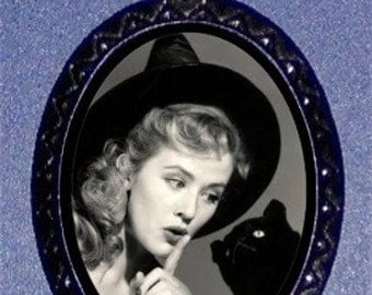 Vintage Halloween Witch Black cat Pendant Necklace Sweetheartsinner