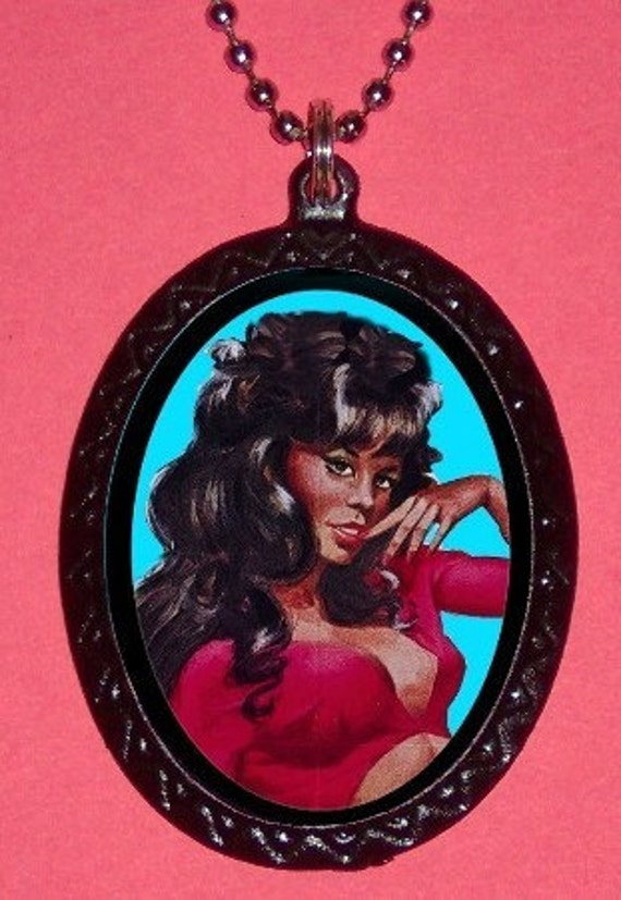 African American Pinup Pendant Necklace Black Pin Up Girl Rockabilly Pinup Queen Sexy Vintage Kitsch Image