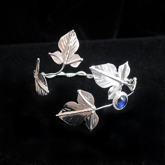 Ivy Leaf Wrap Bracelet Cuff in sterling silver, Woodland Ivy Cuff, Elvish Artisan Bracelet Wrap with Gemstone - Sterling silver Handmade