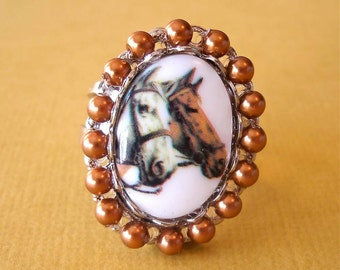 Horse Cameo Copper Pearl Ring, Equestrian Style Ring, Kentucky Derby Jewelry, Cowgirl Jewelry, Retro Horse Ring