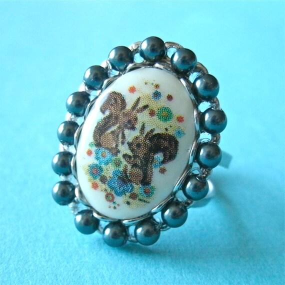 Vintage Squirrel Cameo Pearl Silver Adjustable Ring; Woodland