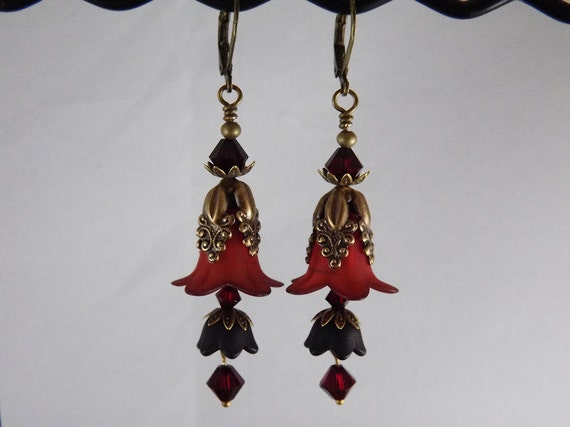 Gothic red and black flower earrings, vintage style red and black floral dangle earrings.