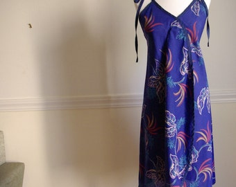 FIJI 1970's Vintage Blue Summer Beach Dress with Tropical Plants
