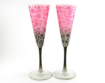 Bubbling Arrows - Champagne Flutes - Frosted Trumpet Style - Etched and Painted Glassware - Custom Made to Order
