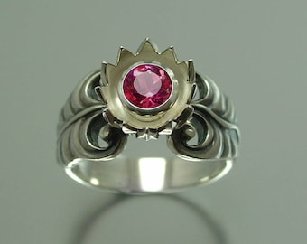 RED LOTUS silver ring with Garnet