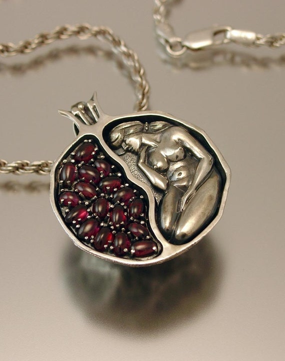 POMEGRANATE silver garnet pendant
