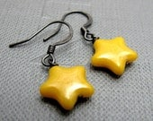 Bright Yellow Star Earrings // Yellow Czech Glass Bead // Gunmetal Earrings // Gift under 15