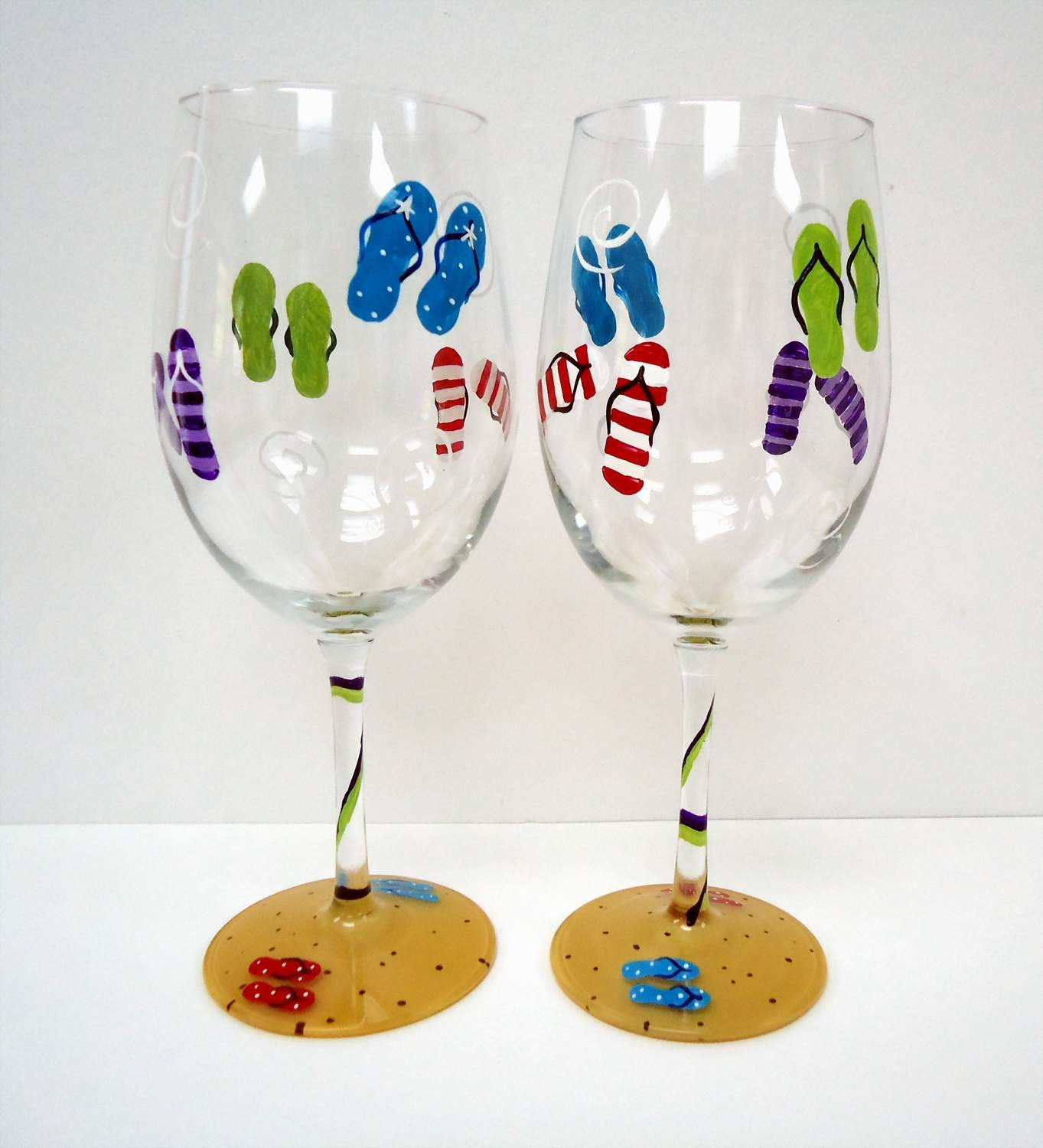 One flip flop wine glass hand painted glass beach wine Images of painted wine glasses