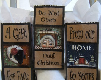 Hand Painted CHRISTMAS Gift Bags, a DIY Painting Craft E-Pattern by Donna Atkins. Sheep, Santa, Red Saltbox