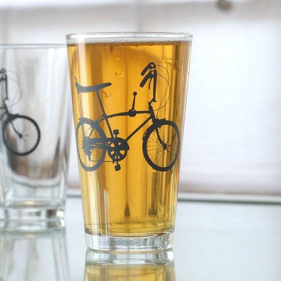 Wheelie bike - vintage 70s biycle pint glass