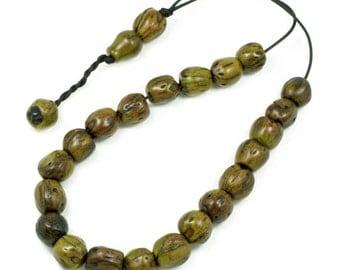 Worry Beads - Greek Komboloi - Scented Nutmeg Seeds - Green