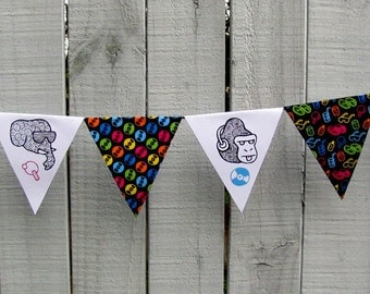 Bunting No.1: Beach Party (DIY PDF Kit) Flags Illustrated