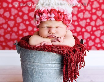 Knitting Pattern Newborn Giant Pom Baby Hat (PDF) For Bulky to Super Bulky Yarns Great Photography Prop Can be Downloaded instantly