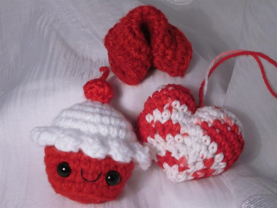 Red Themed Crochet Set - Cupcake Plush no. 248, red fortune cookie, red & white heart