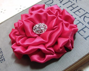 Fuchsia Flower Hair Clip.Brooch.Pin.Satin Flower.dark pink.Pink Headpiece.Hair Accessory.Bridesmaid.Wedding.hair piece.fascinator.fabric