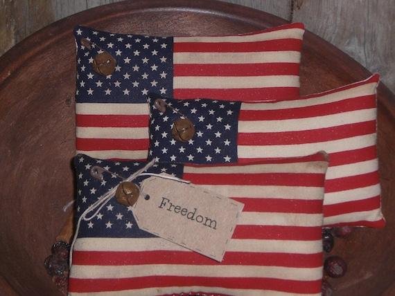 Set of 3 Primitive Americana Patriotic July 4 American Flag Bowl Fillers Mini Pillow Ornies with Rusty Jingle Bells