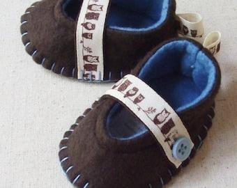 PDF Baby Girl Pattern- DIY Tutorial- Felt Mary Jane Shoes