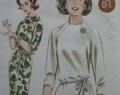 Butterick 2907, easy shift dress with cowl collar and raglan sleeves, early 1960s