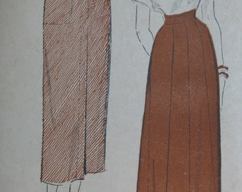 Advance 5162, late 1940s slim skirt and 8-gore skirt