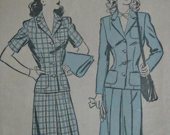 Advance 3230, 1940s suit