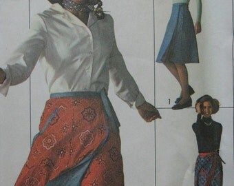 Simplicity 7699, 1970s reversible wrap skirt