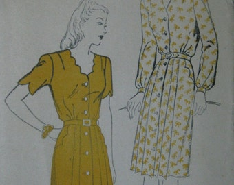 New York 809, 1940s dress with scalloped details