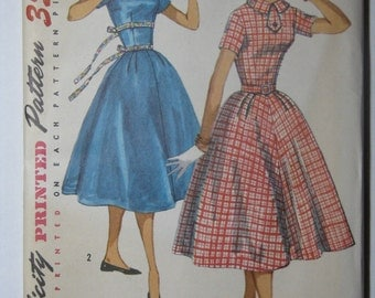 Simplicity 1725, 1950s juniors' dress