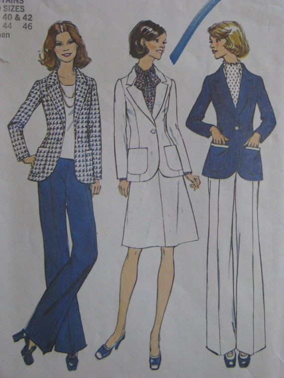 Simplicity 6803, 1970s suit with jacket, skirt, pants